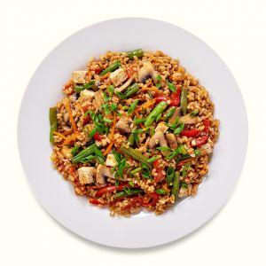 Тайский рис с овощами и тофу