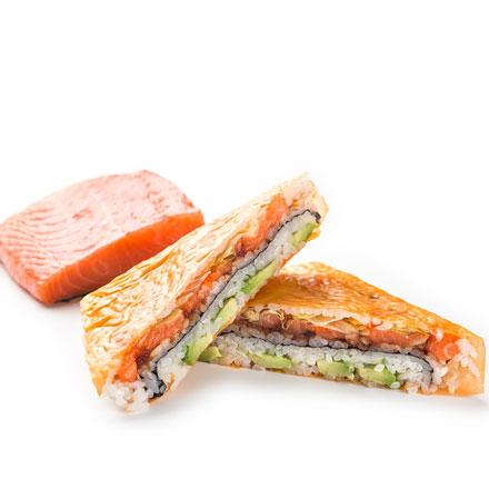 Суши-сендвич с лососем