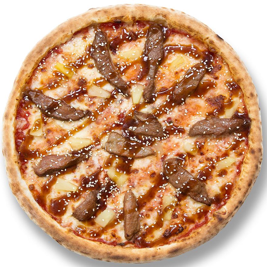 Пицца с уткой и ананасом